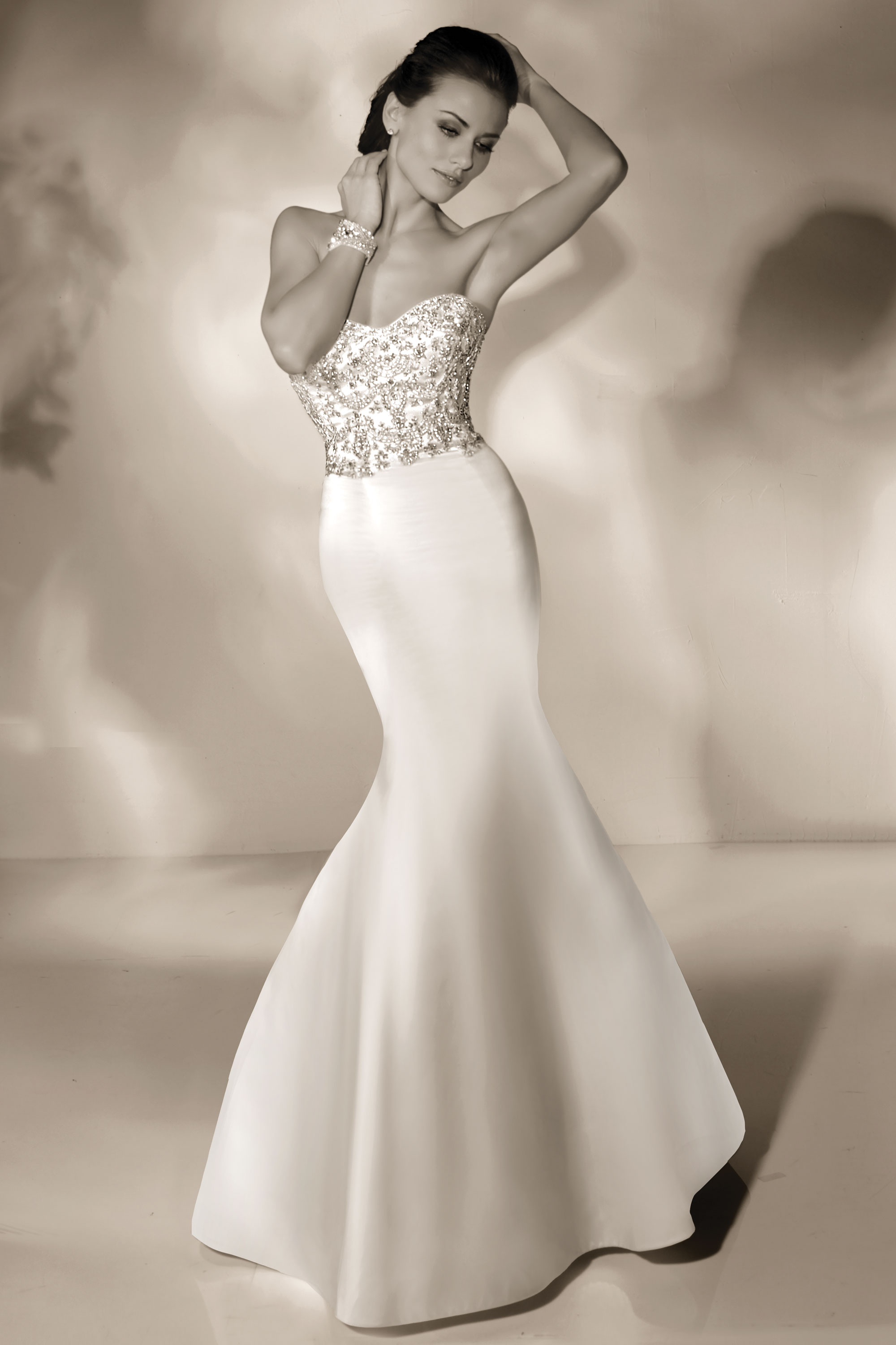 cristiano-lucci-wedding-dresses-20-01052014