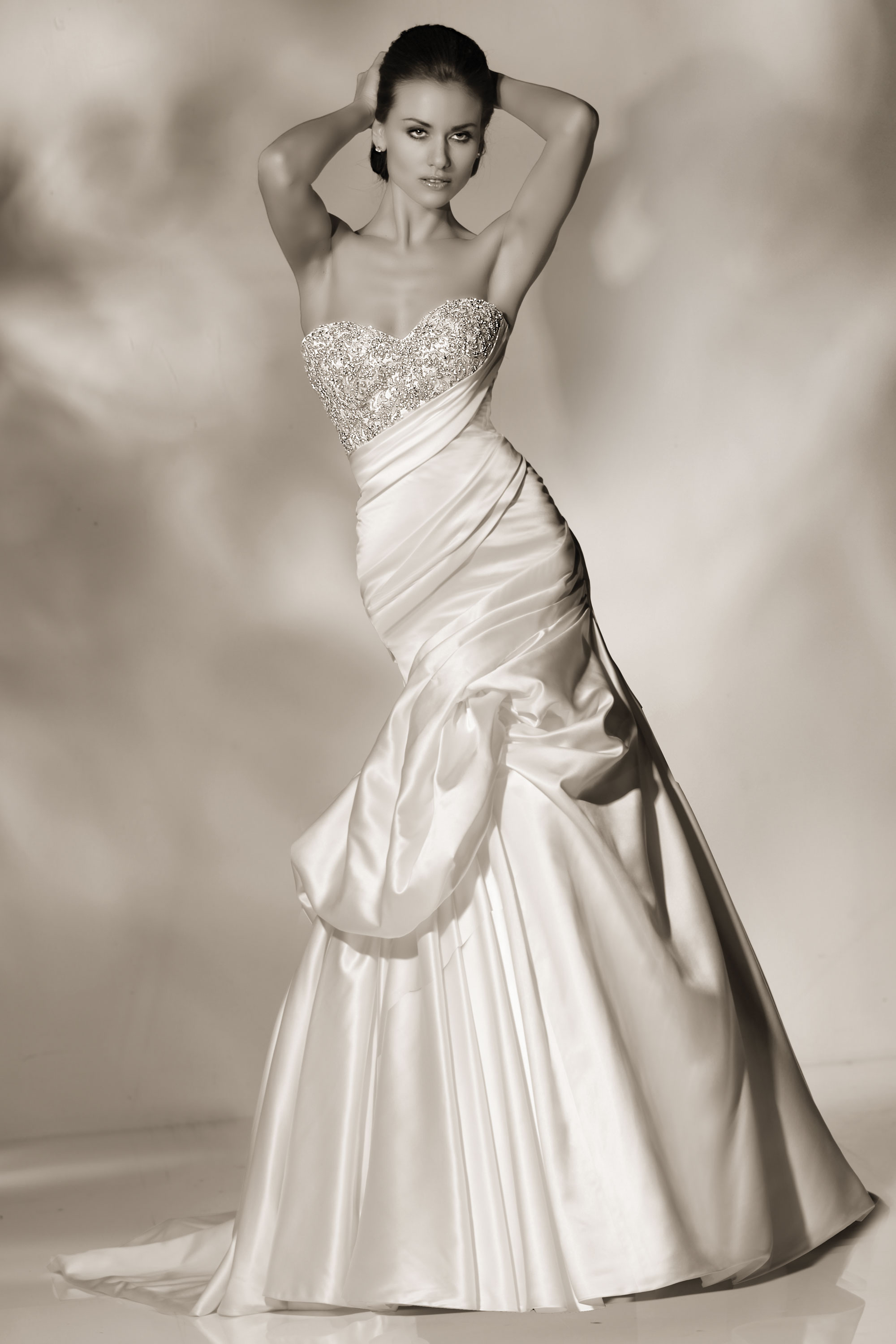 cristiano-lucci-wedding-dresses-24-01052014