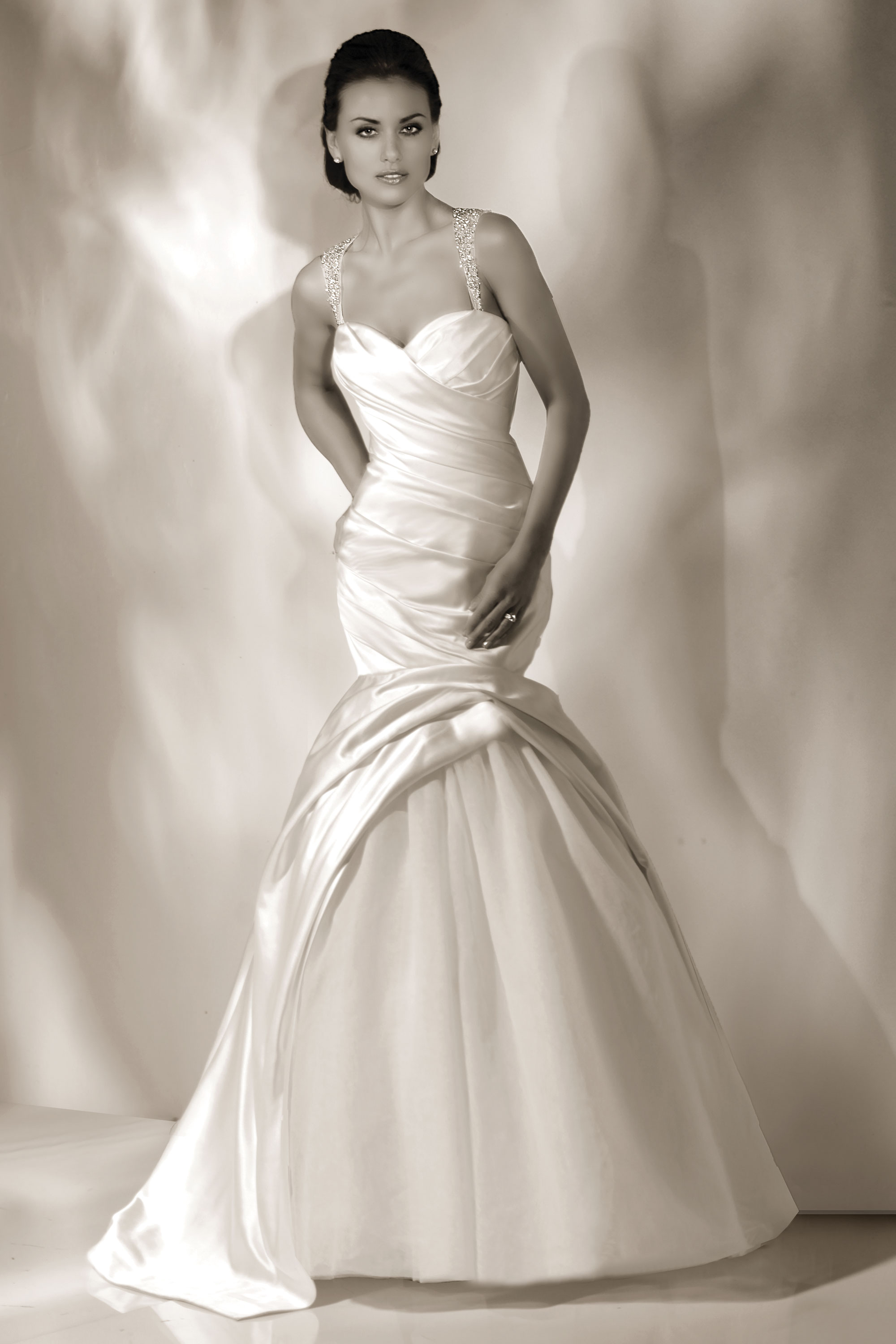 cristiano-lucci-wedding-dresses-25-01052014