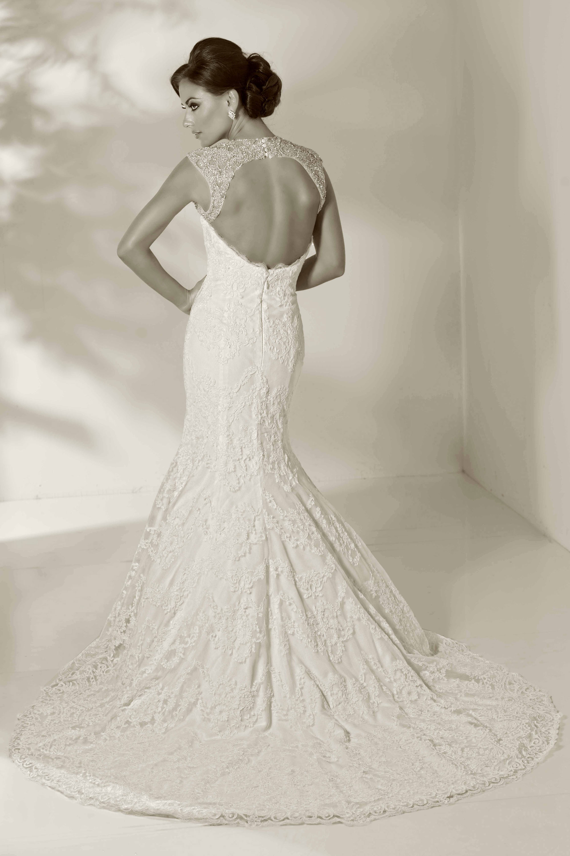 cristiano-lucci-wedding-dresses-4-01052014