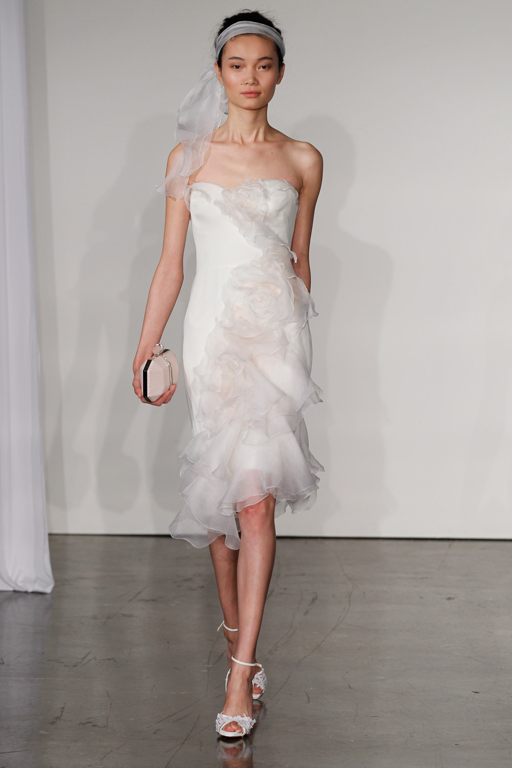 marchesa-wedding-dresses-11-02012014