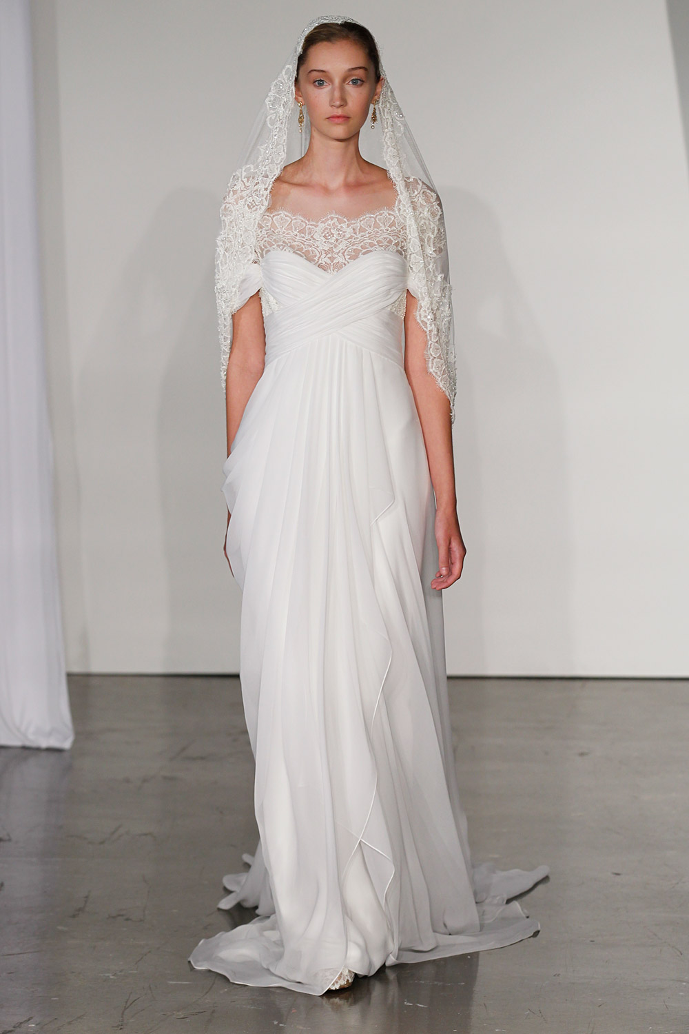 marchesa-wedding-dresses-12-02012014