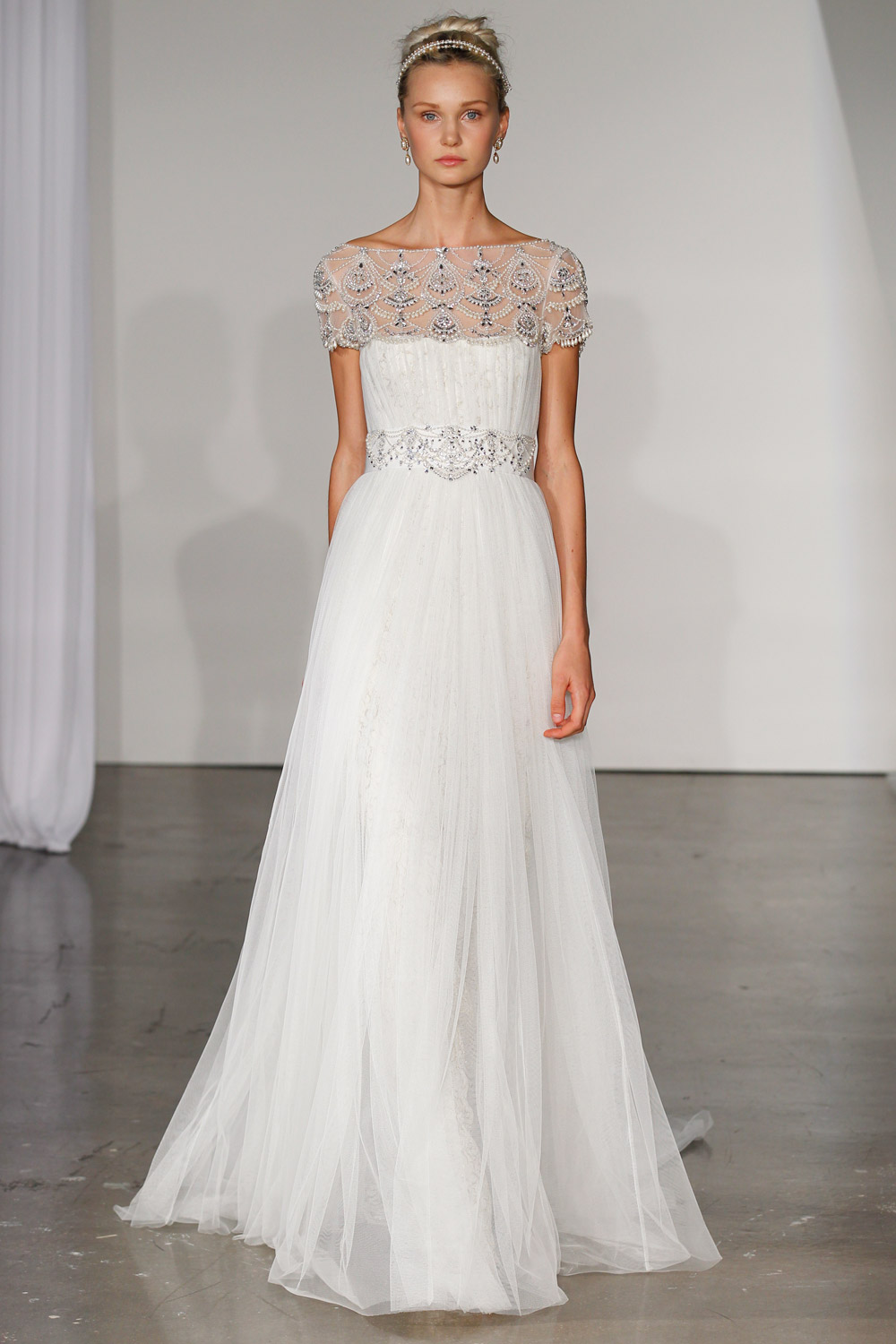marchesa-wedding-dresses-21-02012014