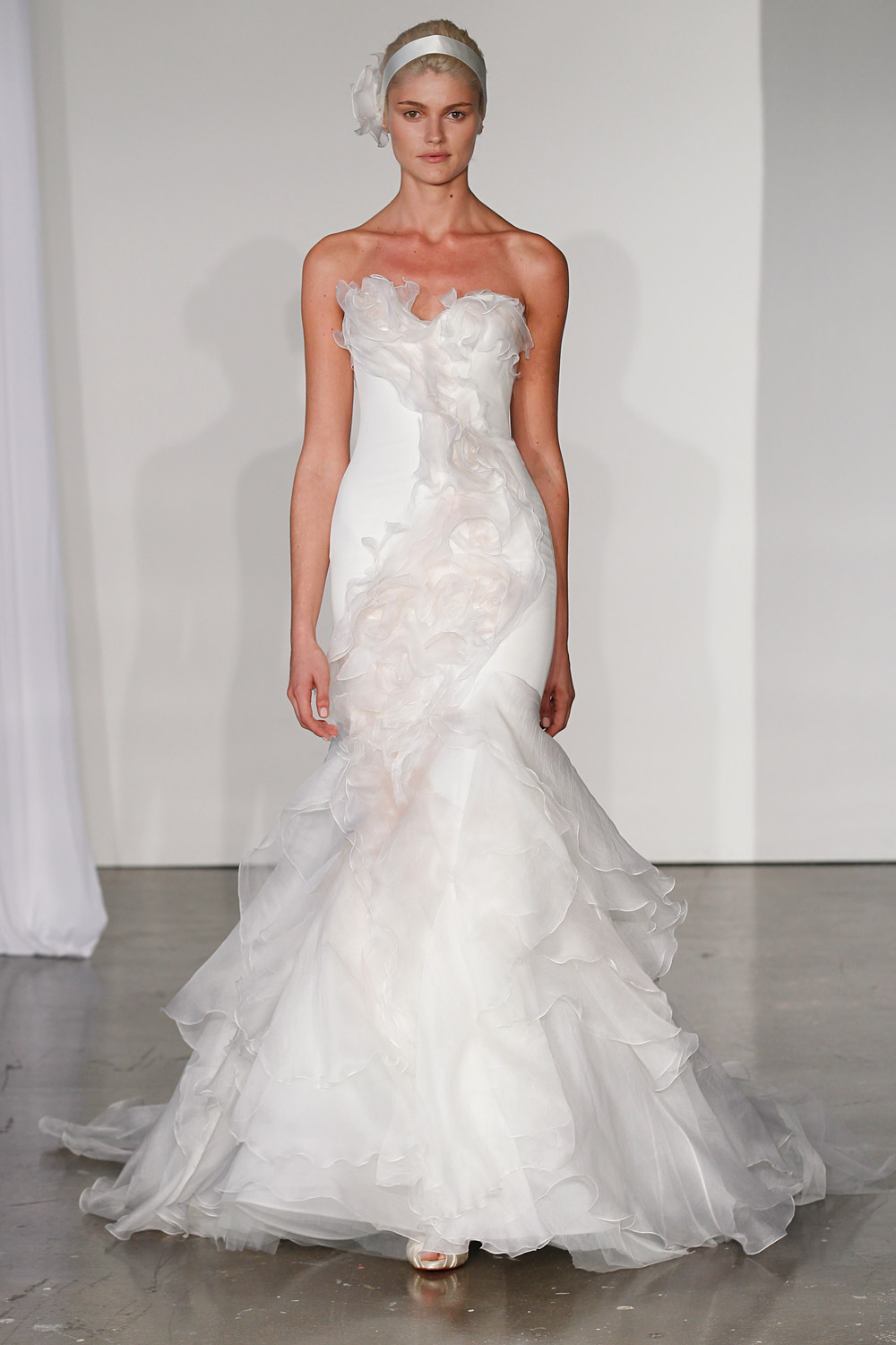 marchesa-wedding-dresses-9-02012014