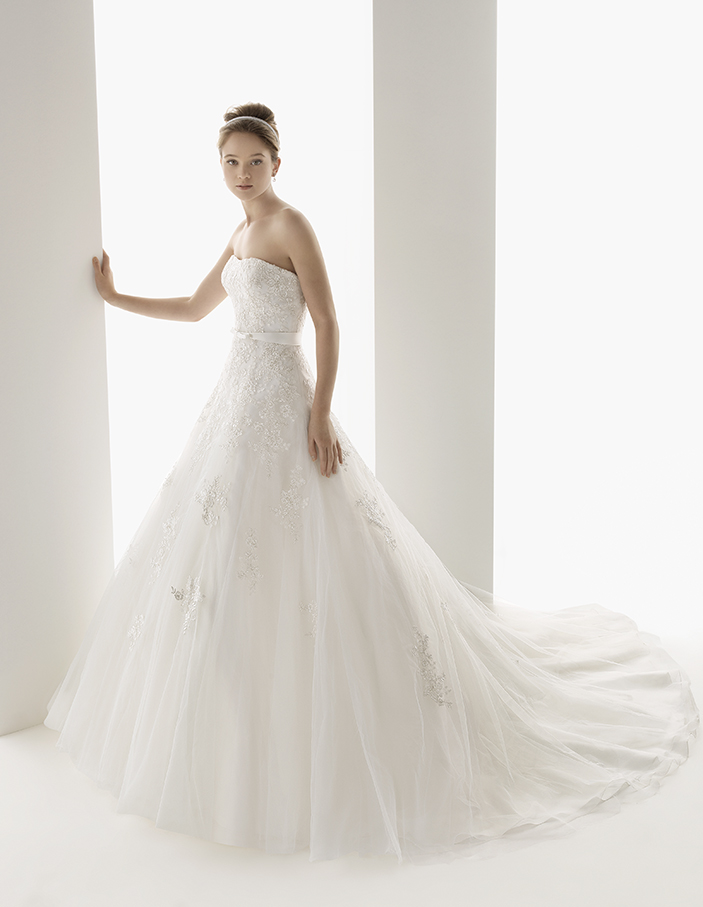 rosa_clara_wedding_dresses_2014_16_01102014