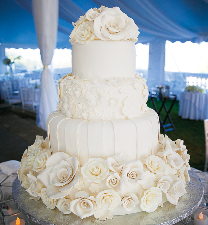 Wedding Cake 101 An Introduction To Wedding Cakes: 26 Elaborate Wedding Cakes With Sugar Flower Details
