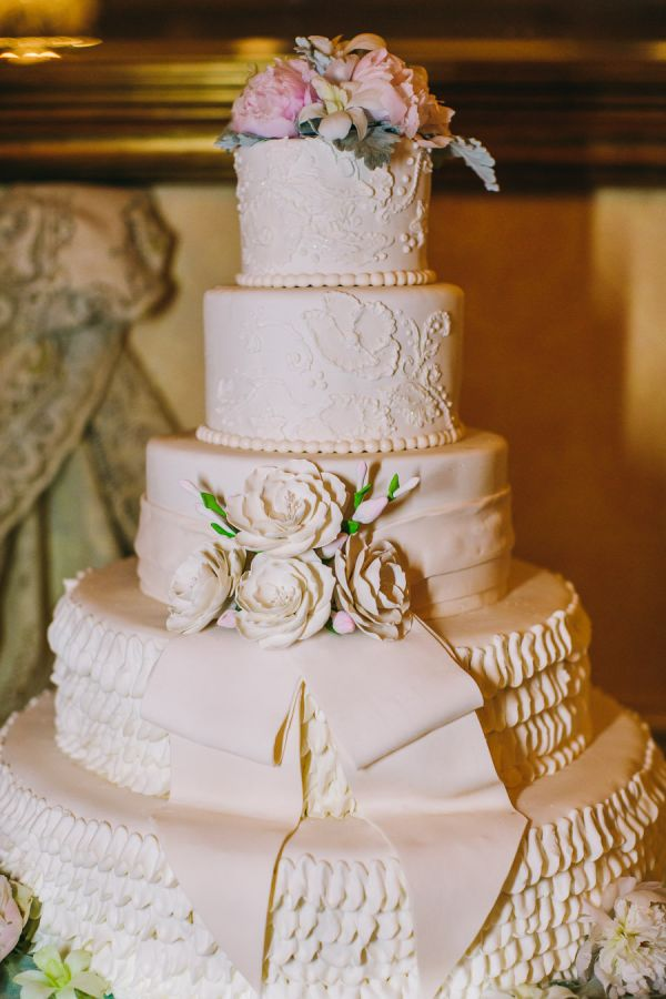 weddin-cakes-ideas-25-01182014