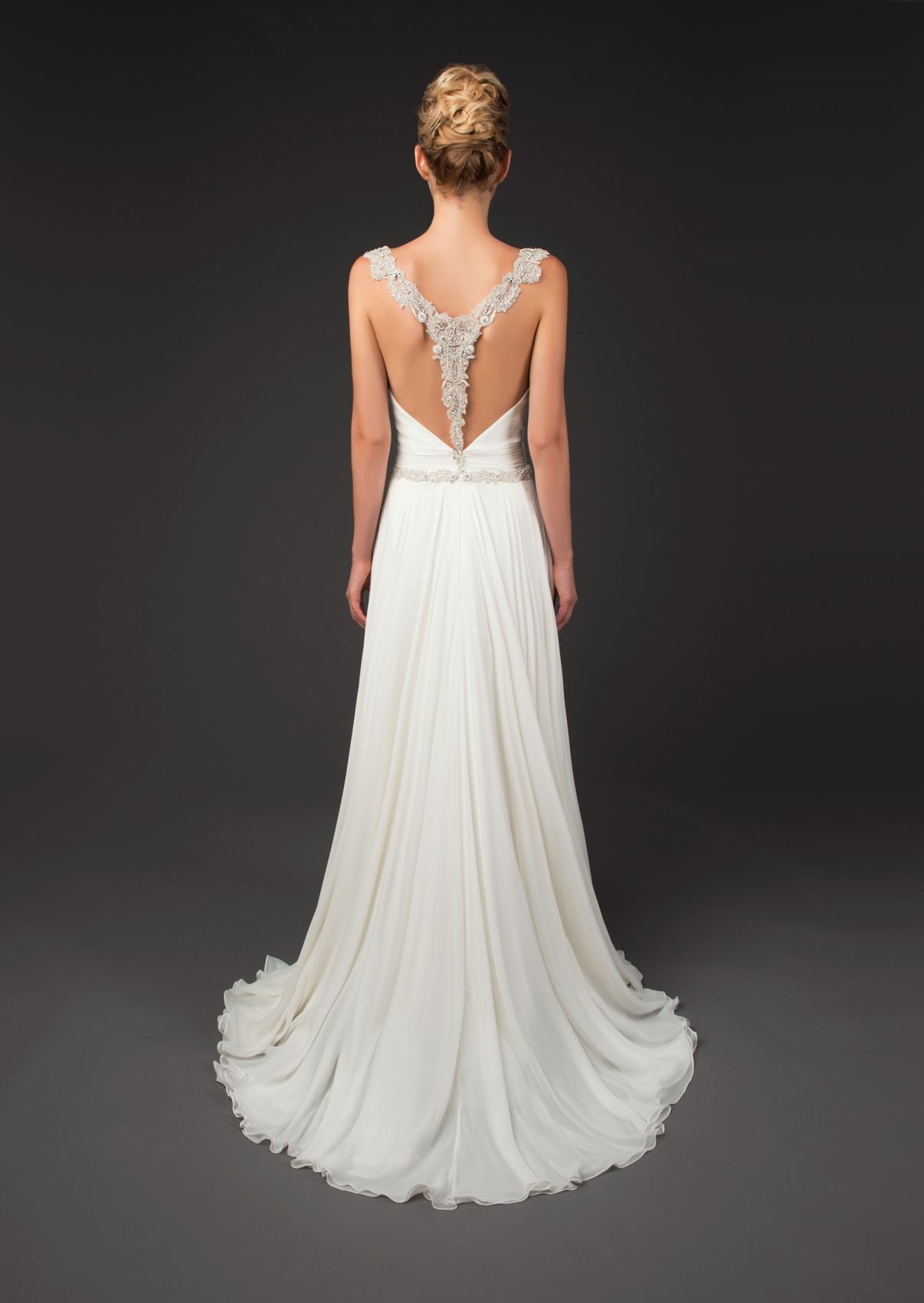 winnie-couture-wedding-dresses-fall-2014-diamond-label-collection-34-01202014