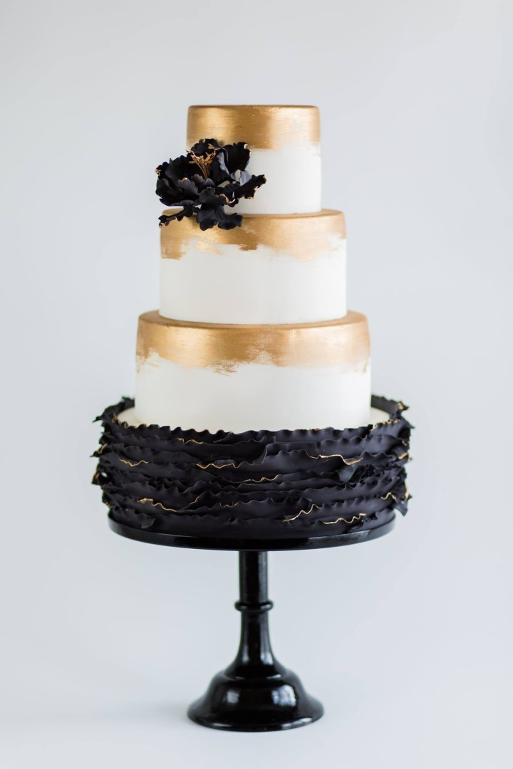 wedding-cakes-16-03142015nz