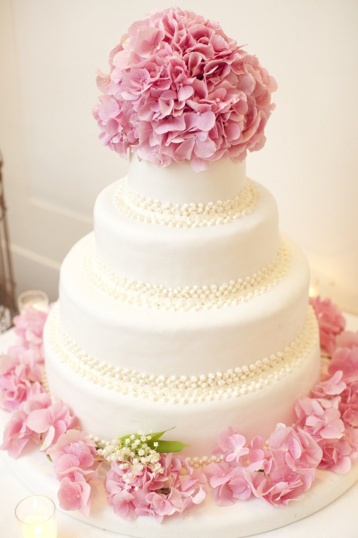 wedding-cakes-19-03142015nz
