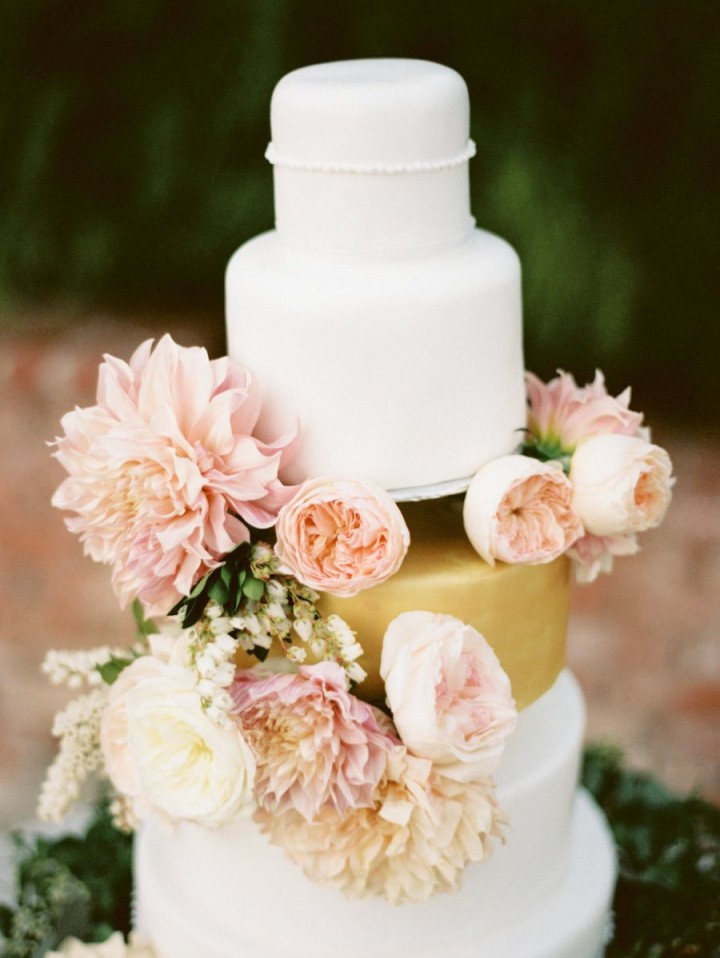 wedding-cakes-23-03142015nz