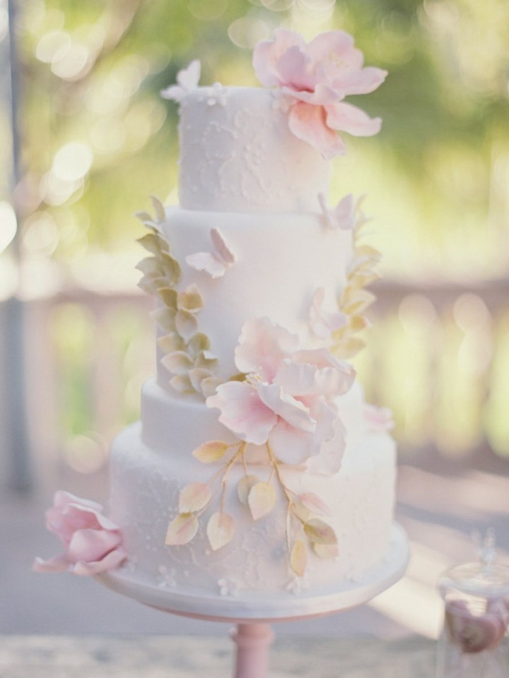 wedding-cakes-25-03142015nz