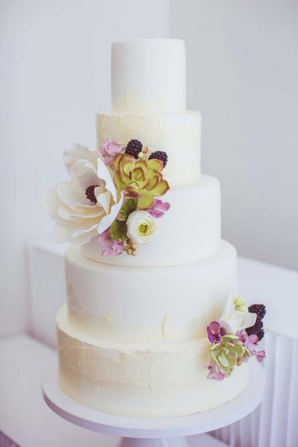 wedding-cakes-3-03142015nz
