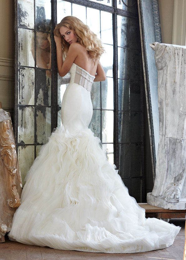 hayley-paige-wedding-dresses-12-06192014