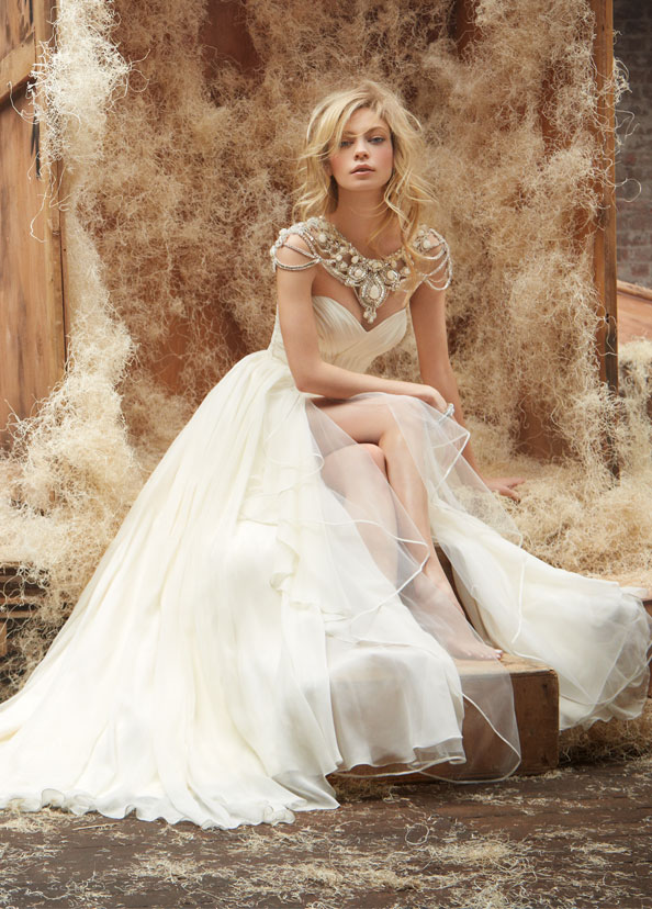 hayley-paige-wedding-dresses-4-06192014