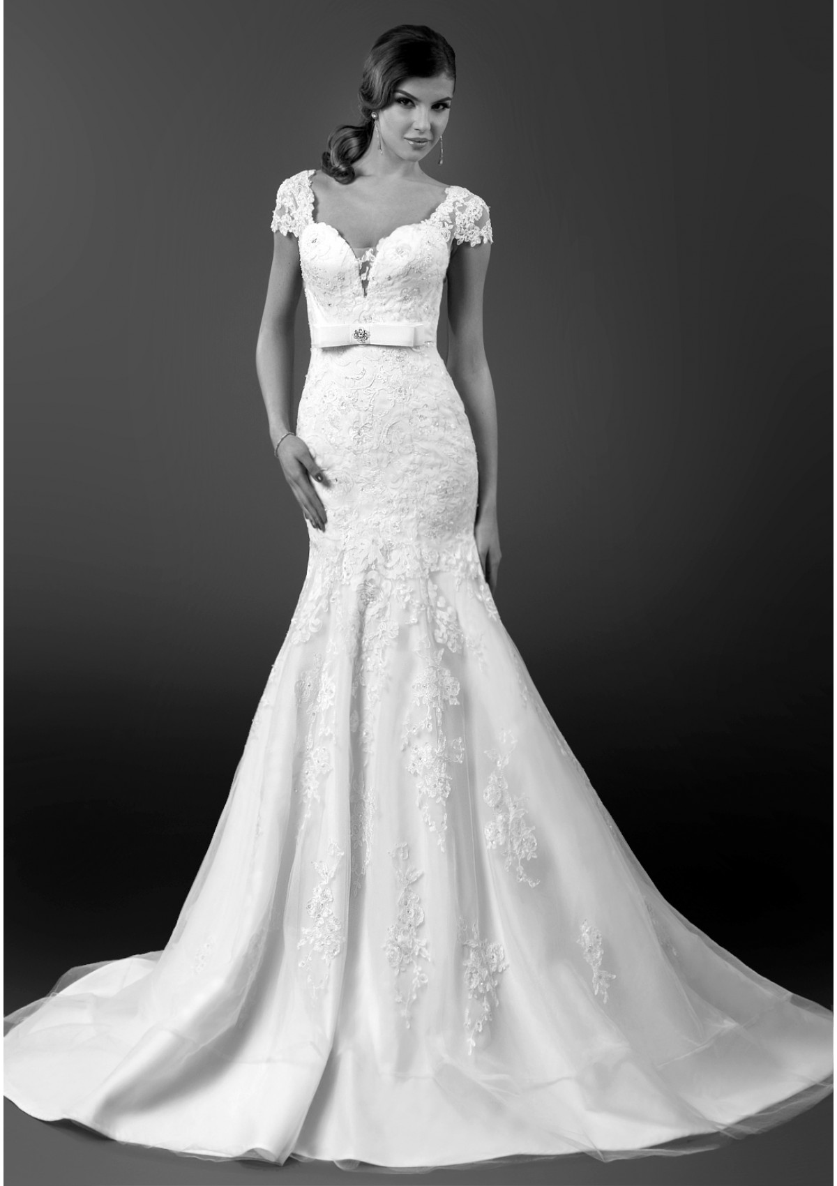 bien-savvy-wedding-dresses-1-08272014nz