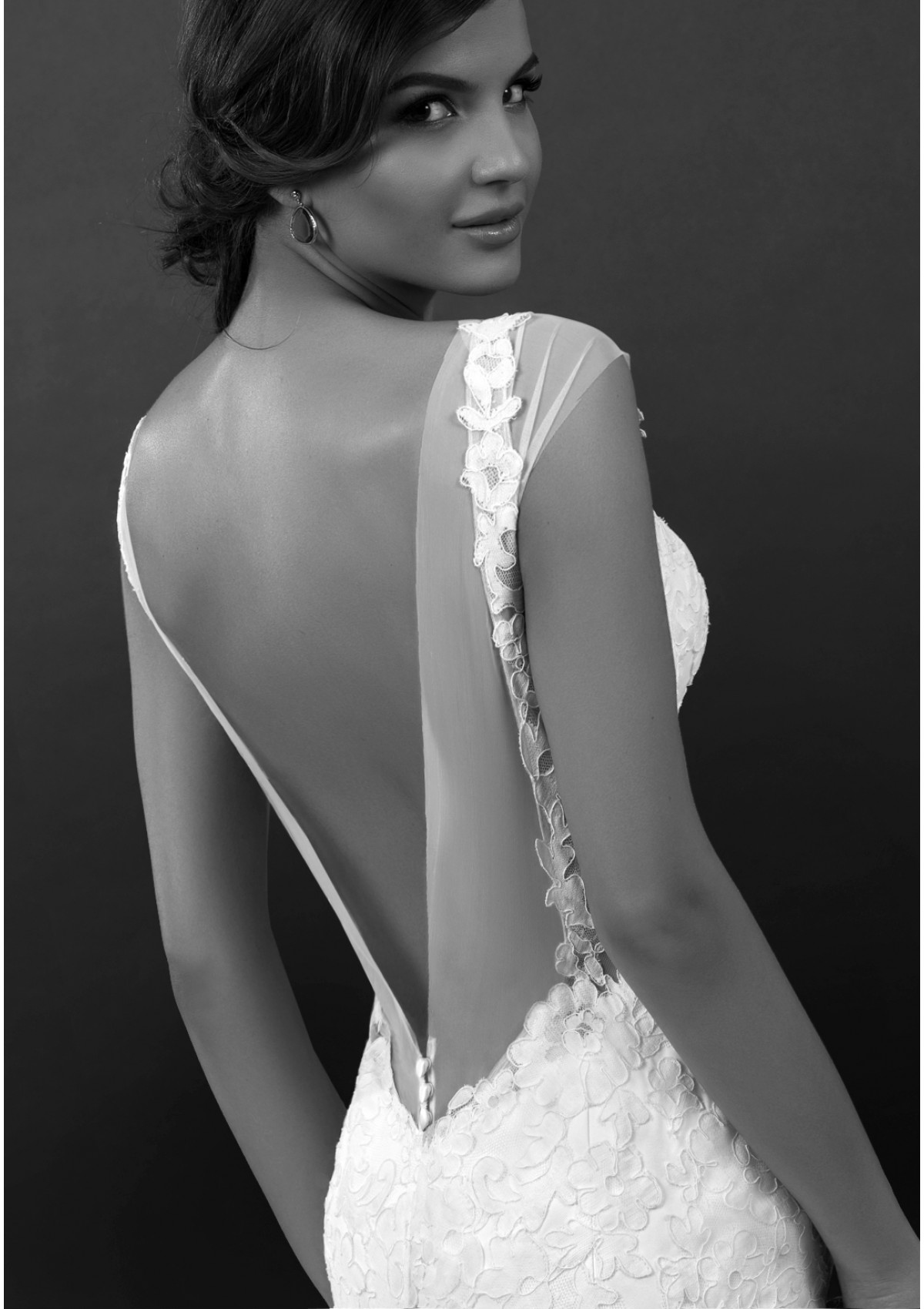 bien-savvy-wedding-dresses-13-08272014nz