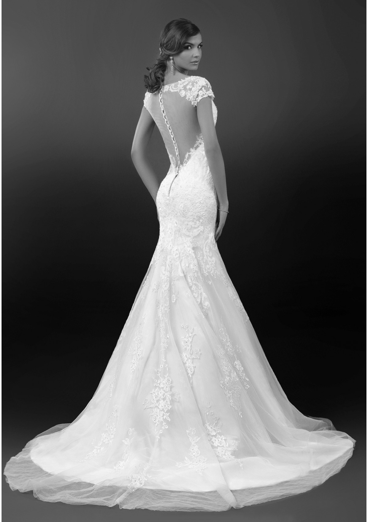 bien-savvy-wedding-dresses-2-08272014nz