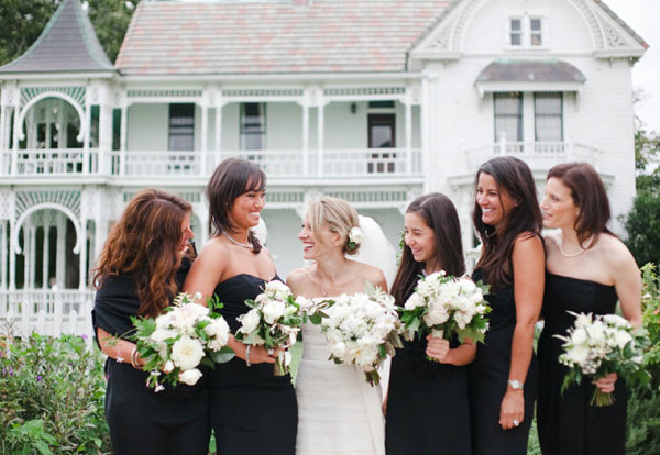 fall-wedding-barr-mansion-bride-bridesmaids