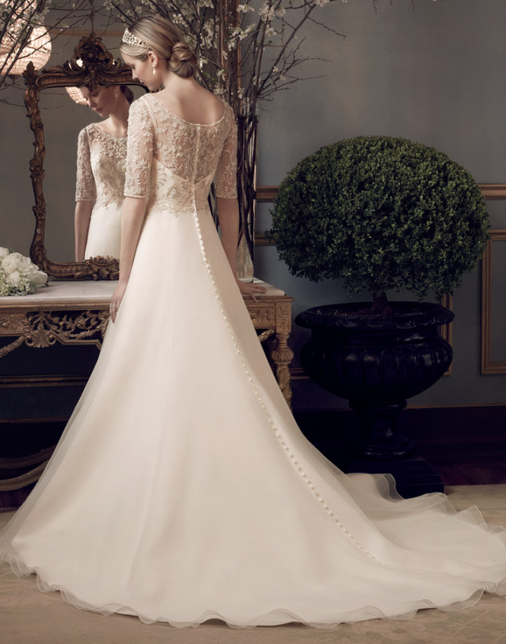 Casablanca-wedding-dress-2-10212014nz
