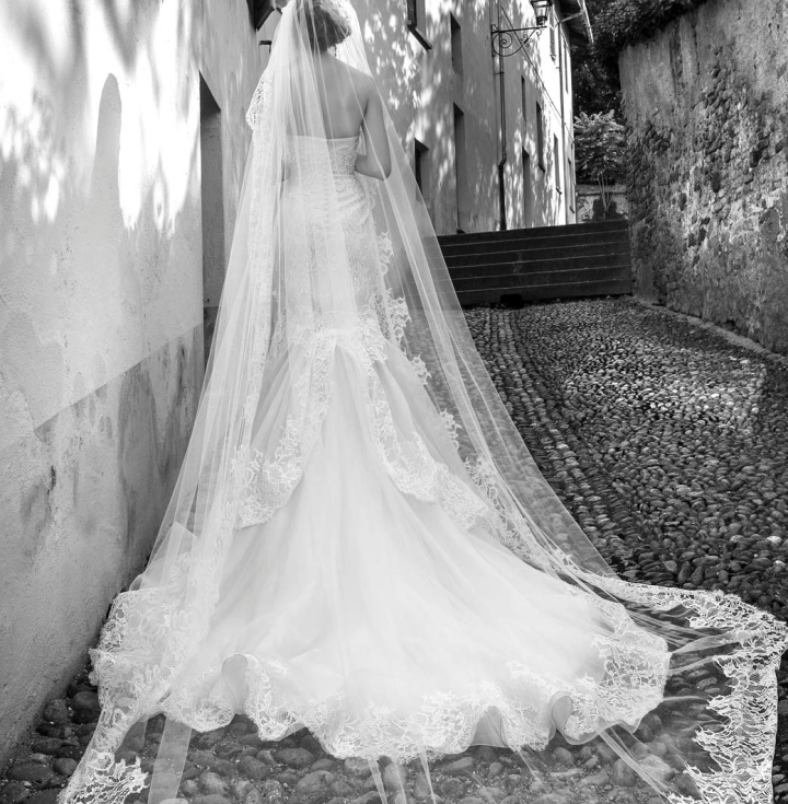 alessandra-rinaudo-wedding-dresses-3-10012014nz