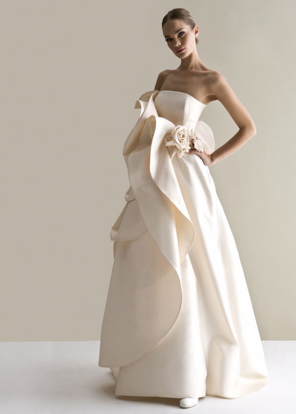 antonio-riva-wedding-dress-26-10162014nzy