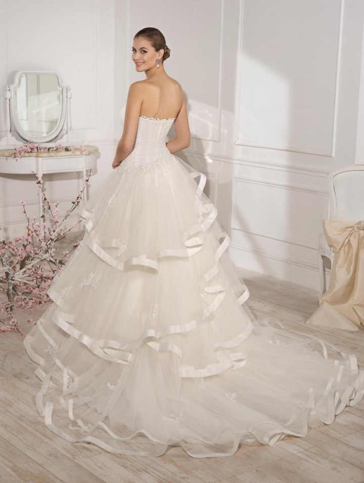 fara-sposa-wedding-dresses-21-10232014nz