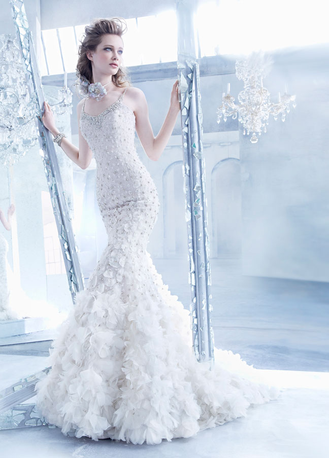 lazaro-wedding-dress-3-10112014nz