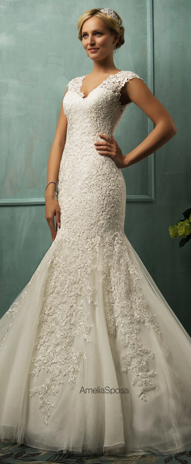 amelia-sposa-wedding-dresses-7-11212014nz