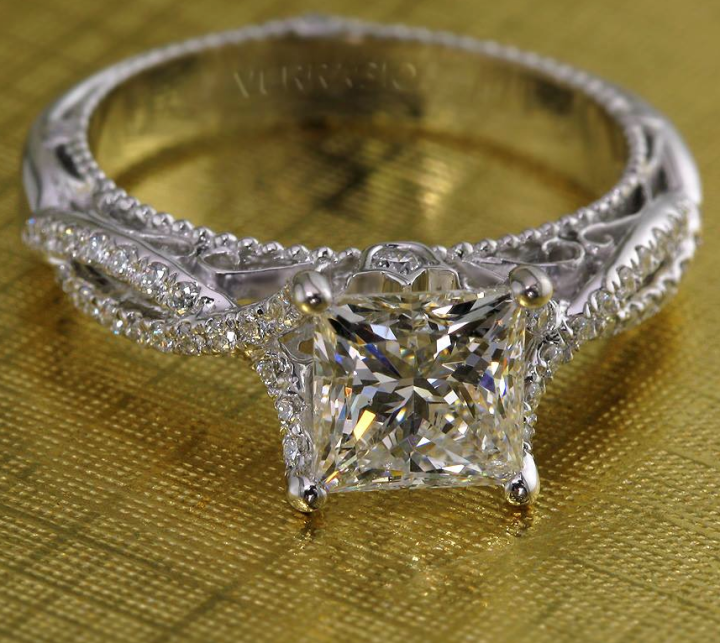 engagement-ring-12-11102014nz
