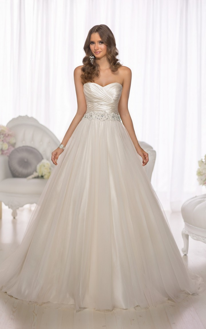 essense-of-australia-wedding-dresses-4-11212014nz