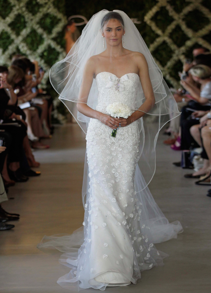 oscar-de-la-renta-wedding-dresses-16-11162014nz