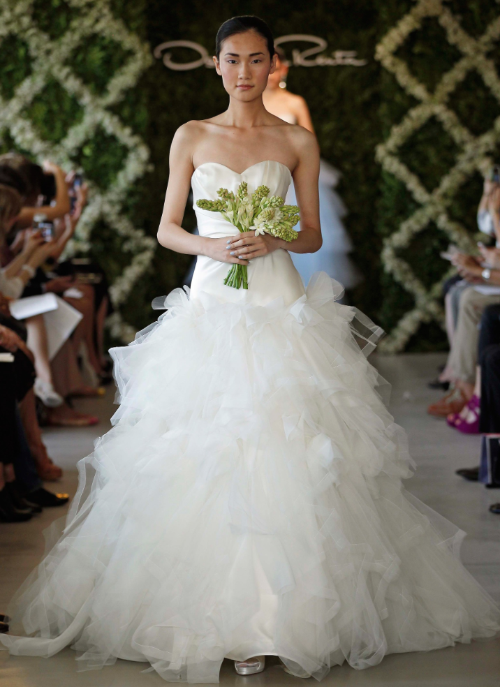 oscar-de-la-renta-wedding-dresses-24-11162014nz