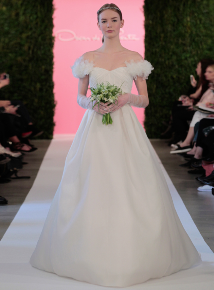 oscar-de-la-renta-wedding-dresses-5-11162014nz