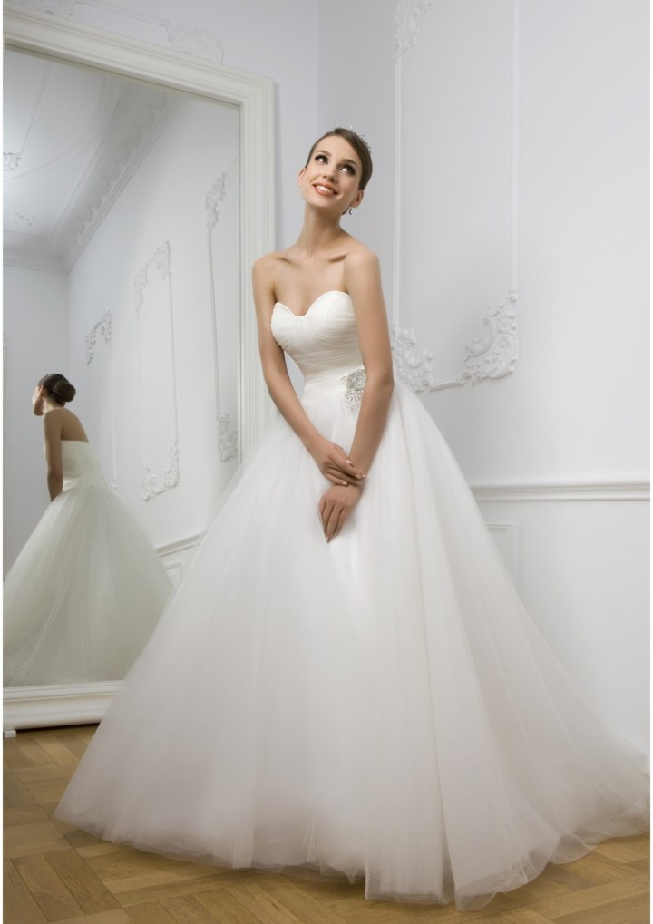 wedding-dresses-19-11022014nz