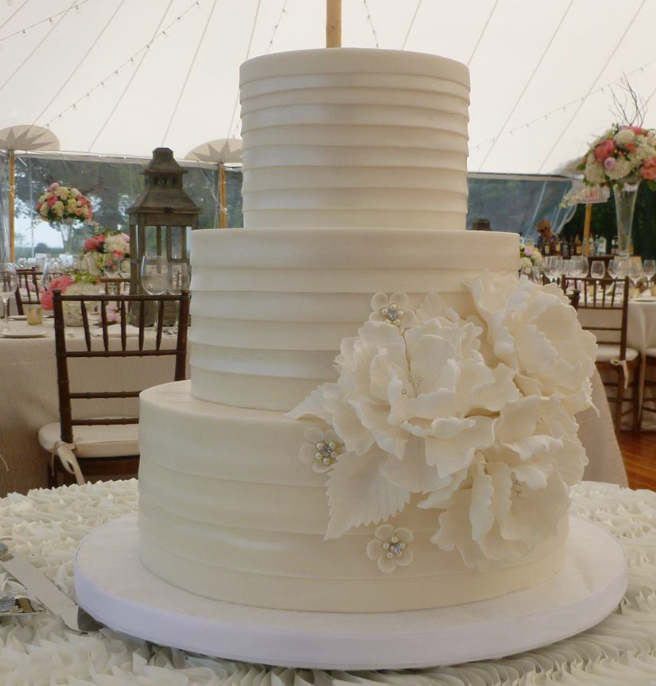 wedding-cake-8-12192014nz