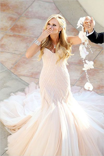 wedding-dresses-9-01212015-ky