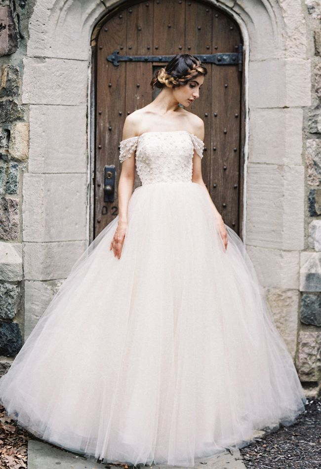 wedding-dresses-8-01272015-ky