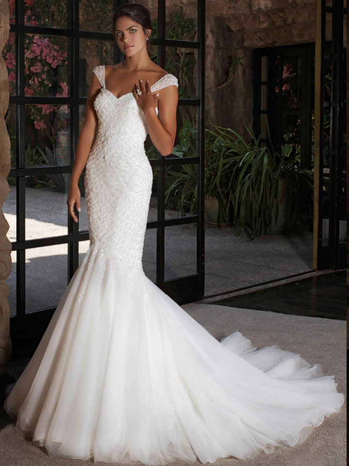 Intuzuri-wedding-dress-16-02242015nz