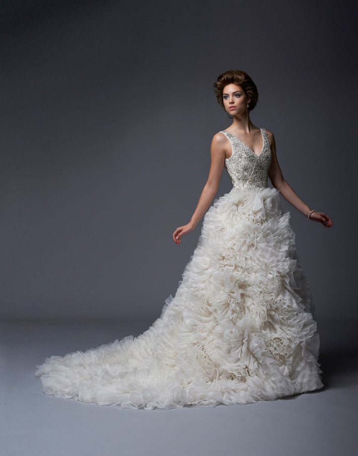enaura-wedding-dress-21-02022015nz