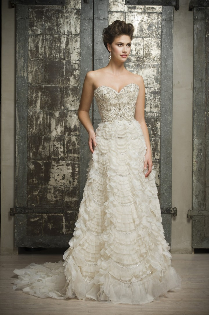 enaura-wedding-dress-4-02022015nz