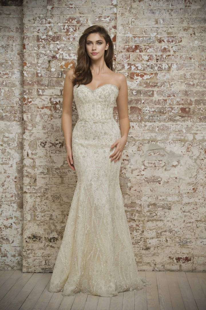 enaura-wedding-dress-9-02022015nz