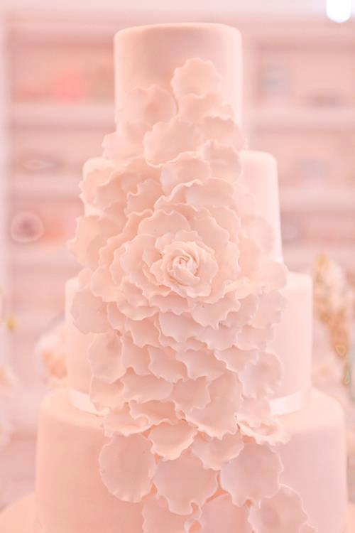 wedding-cakes-16-02152015-ky