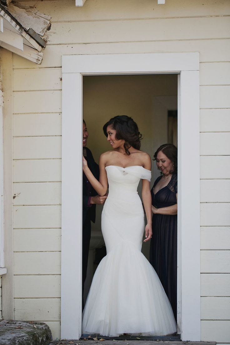 wedding-dresses-15-02262015-ky