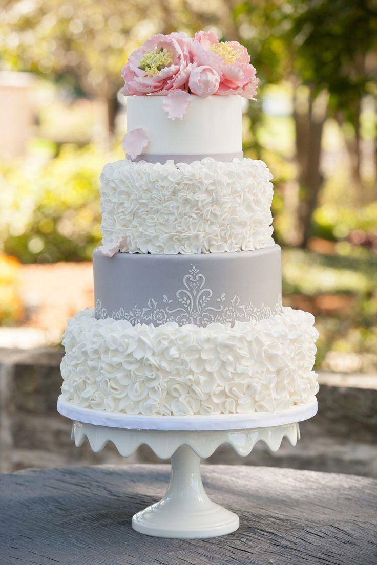 wedding-cakes-17-04232015-ky