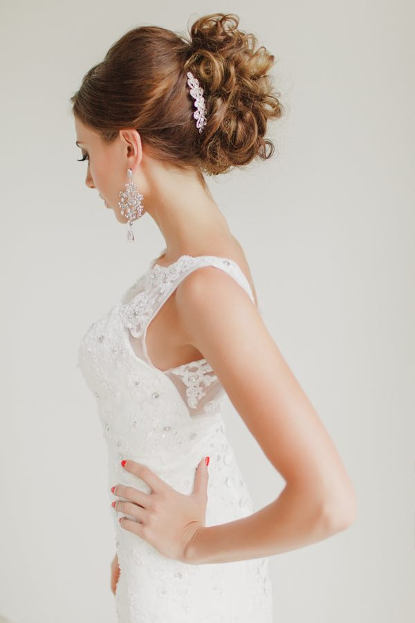 wedding-hairstyles-19-0422815mc