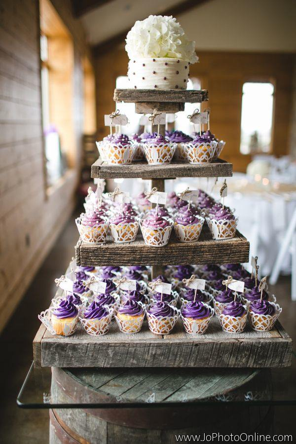 alternative-wedding-cakes-10-05012015-ky