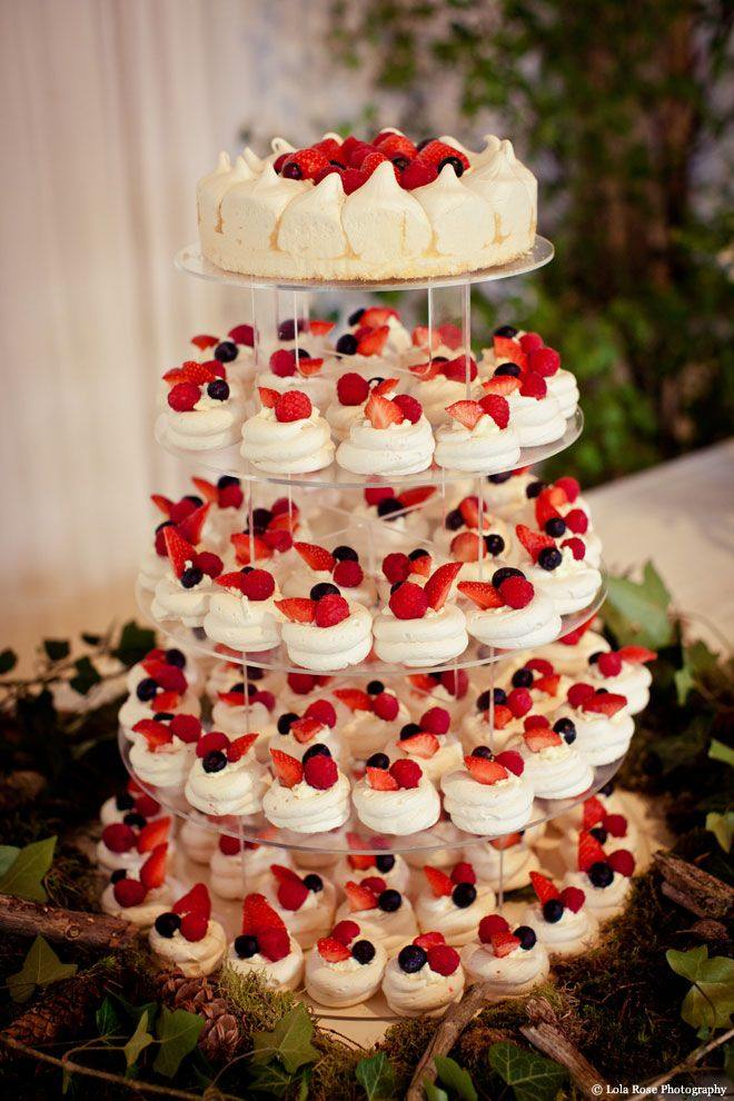 alternative-wedding-cakes-17-05012015-ky