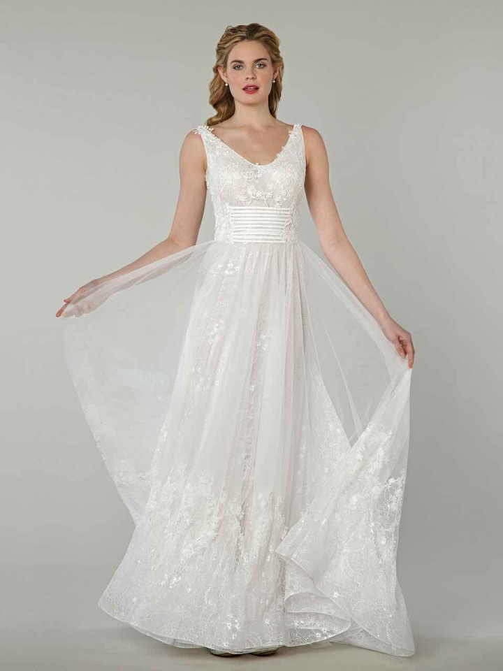 tony-ward-wedding-dresses-13-05012015nz