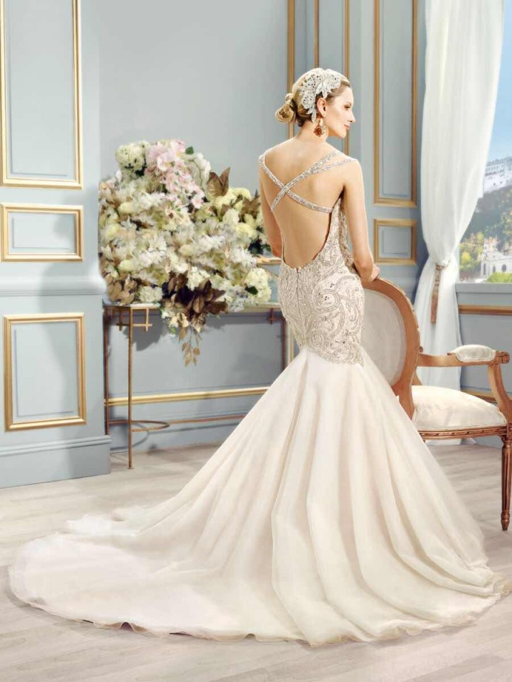val-stefani-wedding-dresses-7-05272015nz